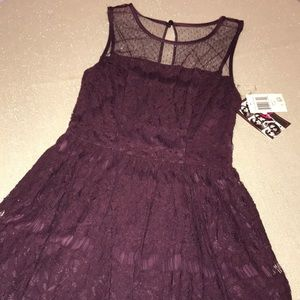 NWT- Trixxi lace dress